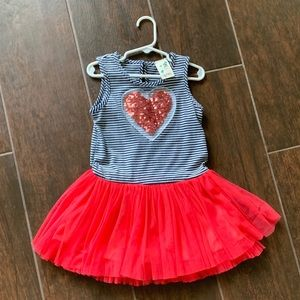 Beautiful dress, 4t, in great condition